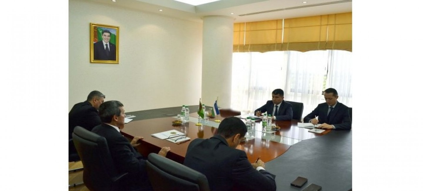 ISSUES OF EXPANDING TURKMEN-UZBEK COOPERATION DISCUSSED AT THE MINISTRY OF FOREIGN AFFAIRS OF TURKMENISTAN